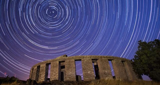 stonehenge.stars
