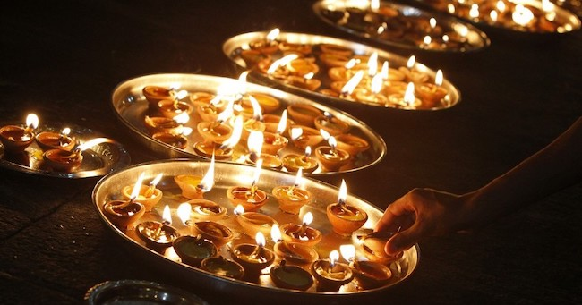 diwali-candles